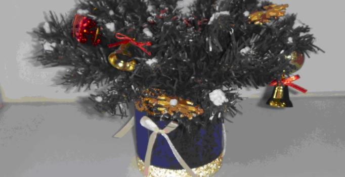 новогоднее украшение своими руками